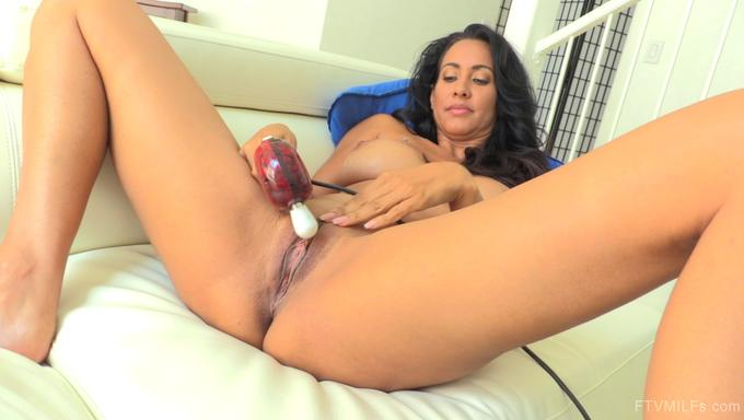 Gang bang porn girl ariana jollee